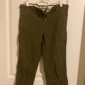 a&f army ankle length green chinos